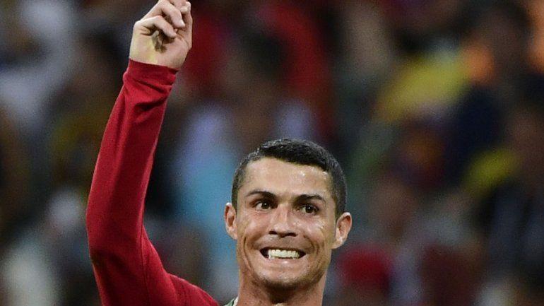Cristiano estuvo intratable y facturó por tres ante España.