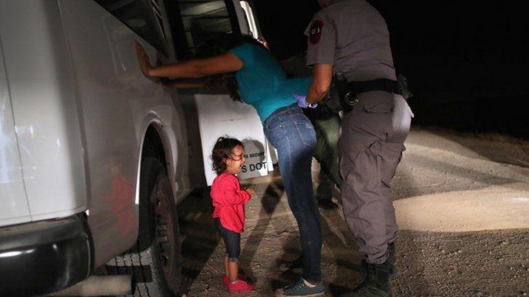 Separan a niños y niñas de sus familias en la frontera de México