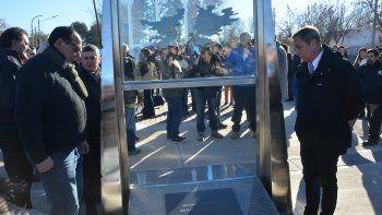con un emotivo acto, inauguraron el monumento a malvinas