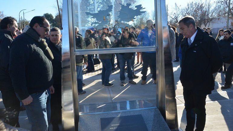 Inauguraron el monumento a Malvinas con un emotivo acto
