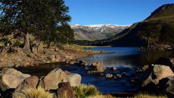 Los destinos de la provincia aparecen nominados en las categoríasríos, bosques, montañas y lagos.