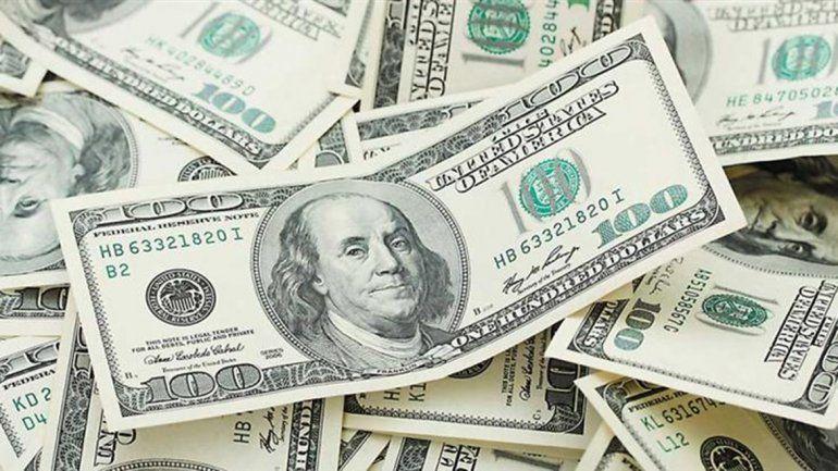 El dólar baja por segunda jornada consecutiva