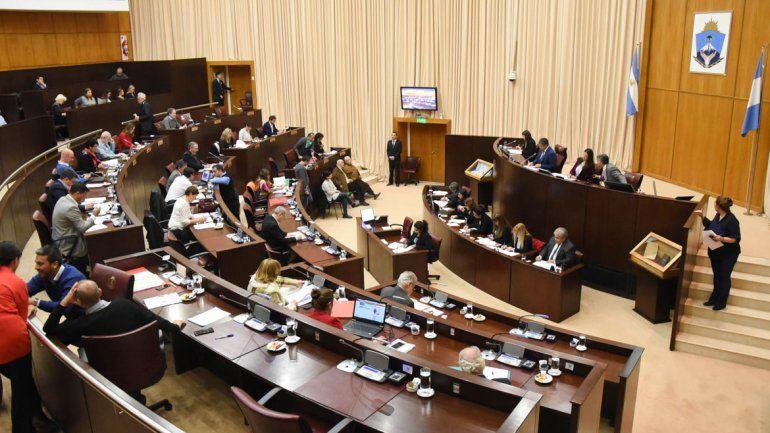 La Legislatura neuquina está en receso mundial