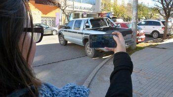 se podra escrachar con fotos y videos a los infractores de transito