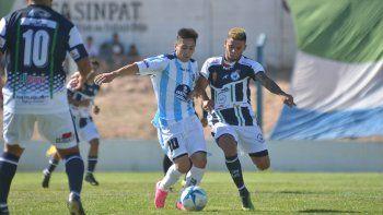 Azaguate, que viene de jugar en Centenario, estuvo en el último verano.