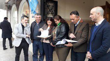 clausula gatillo: la oposicion presento la denuncia ante el tsj