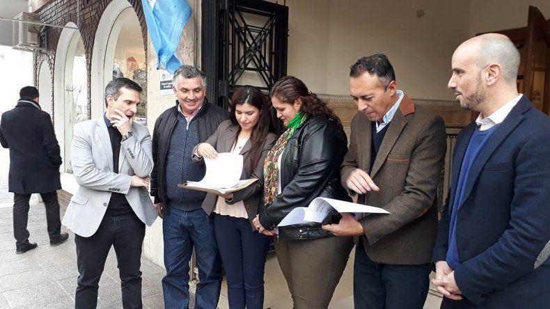 Cláusula gatillo: la oposición presentó la denuncia ante el TSJ