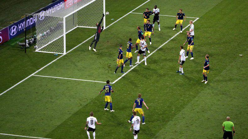 Alemania le ganó a Suecia con la última pelota