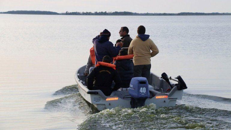 Hallaron el cuerpo del kayakista perdido en laguna de Madariaga