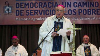 Tras tres días de debate, la Iglesia le envió un mensaje al Gobierno.