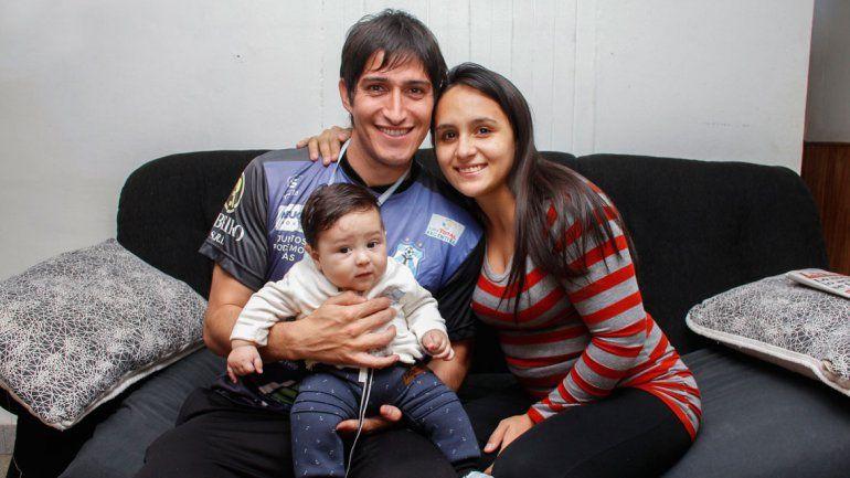 Como en casa. Ibáñez junto a su familia en Cipolletti