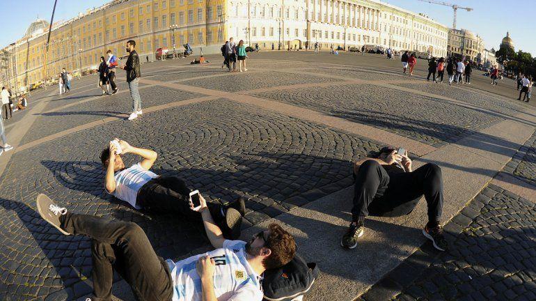 San Petersburgo se viste de celeste y blanco