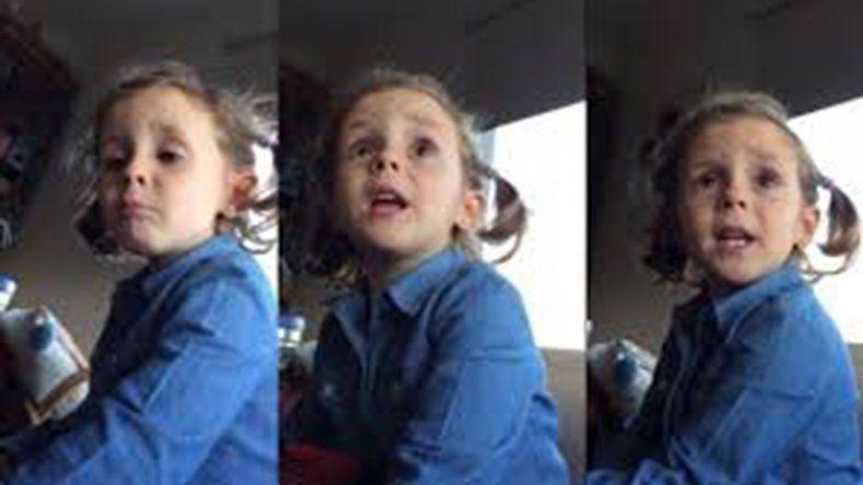 Una nena retó a su papá por insultar al arquero Caballero