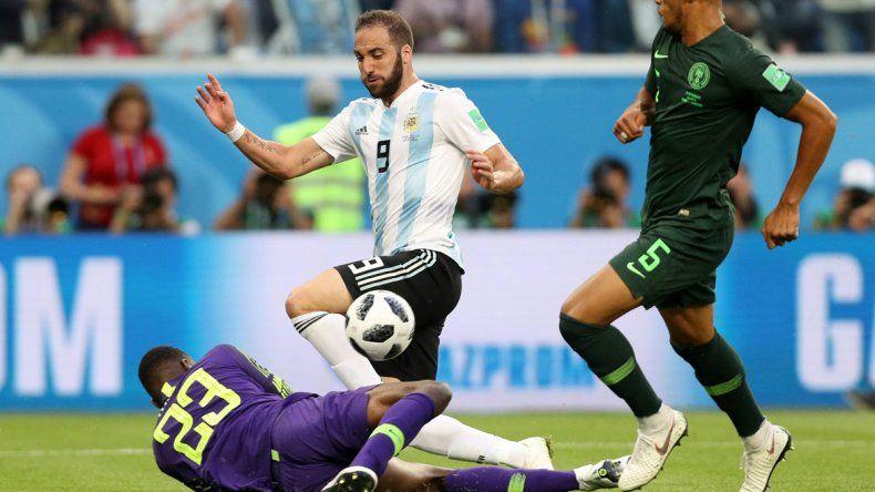 Higuaín volvió a tener la gloria