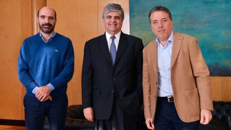 Dujovne y el presidente de YPF creen en potenciar el shale