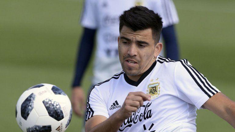 Con Acuña, sin Messi y varias sorpresas, Scaloni dio la lista