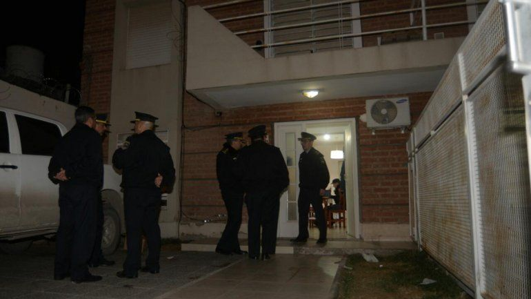 El allanamiento en el domicilio se inició ayer a las 16 y terminó alrededor de las 21.