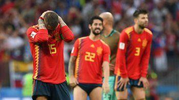 Los españoles no concretaron nunca y terminaron llegando a los penales, donde fueron superados por los rusos.