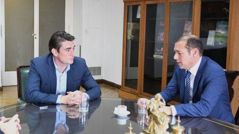 Iguacel recibió a Gutiérrez con la mira en Vaca Muerta