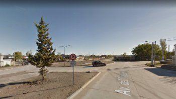 Borracho chocó dos autos estacionados y lo atraparon