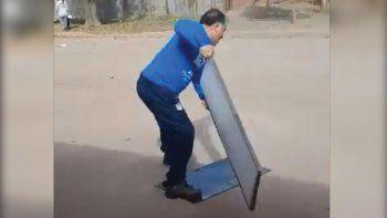 Locura: un tucumano también destruyó su Smart por la Selección