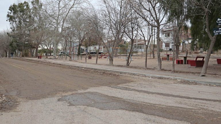 Anuncian asfalto para 30 cuadras  de Villa Ceferino
