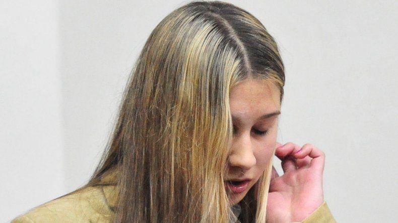La joven no estuvo presente en la sala al momento de la lectura de la sentencia. La mamá de Fernando Pastorizzo lloró al escuchar la condena.