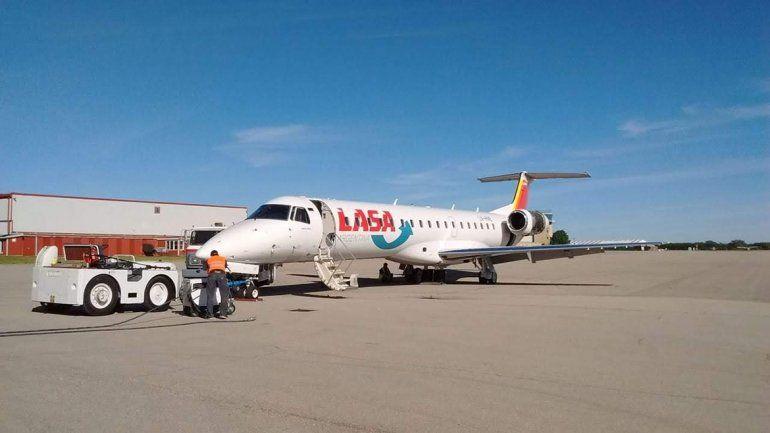 LASA trae un avión y anuncia cuándo inicia sus vuelos