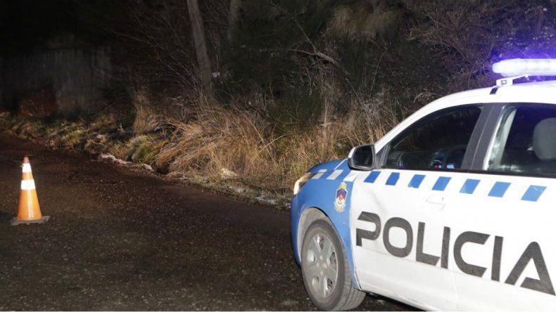 Encuentran atadas y en estado de shock a dos adolescentes al costado de una ruta
