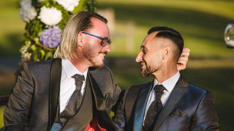 La feliz pareja hizo una fiesta en España