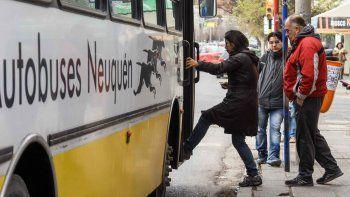 loteo social: chofer de autobuses se nego a llevarlo gratis y lo amenazo con un arma
