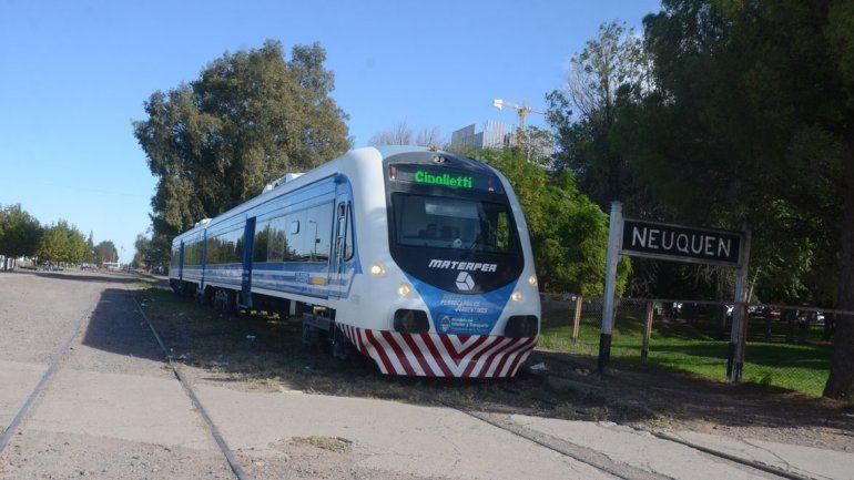 Arreglaron el Tren del Valle y se restableció el servicio