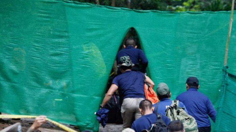 Sedan a los nenes para evitar que entren en pánico en el rescate