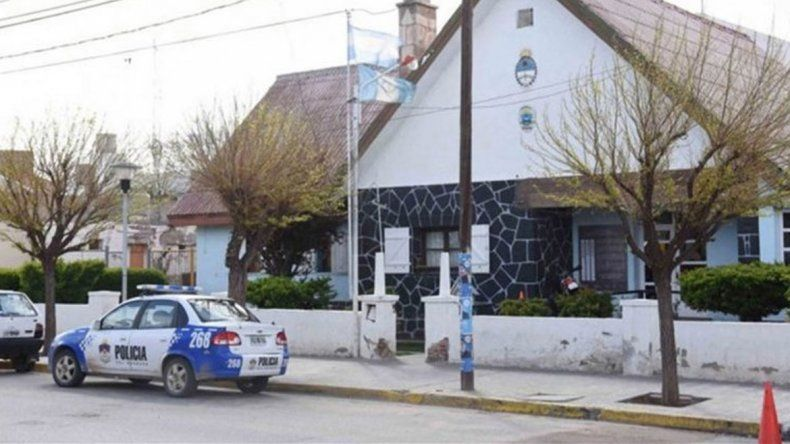 Cutral Co: delincuentes robaron vinos, jugos y $100 a dos repartidores