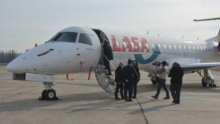 Llegó el primer avión de LASA y anunciaron la fecha de inicio de operaciones