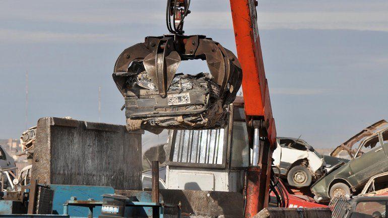Casi 1300 vehículos están listos para ser destruidos