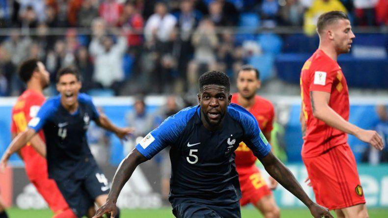 Ni Griezmann ni Mbappé: Umtiti fue el héroe de la semifinal. Convirtió el tanto con el que Francia accedió a su tercera final en 20 años.