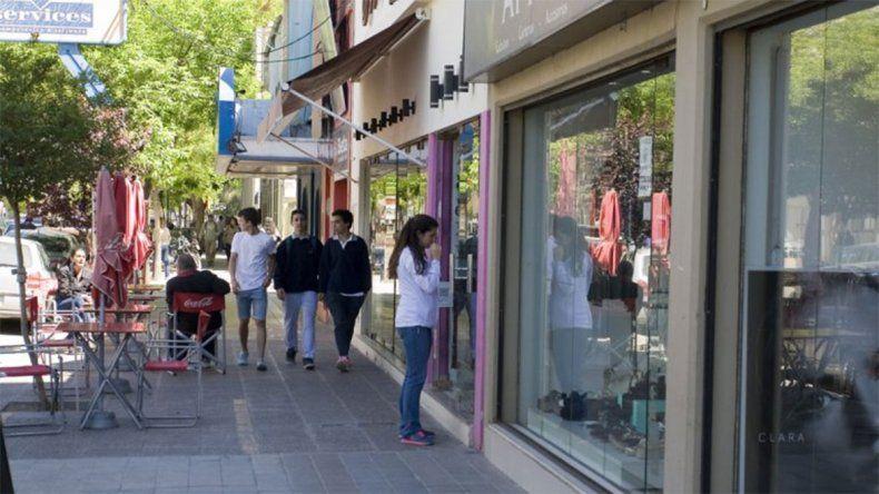 A partir de mañana y hasta el sábado, los comercios del Alto Valle tendrán descuentos de hasta el 40%