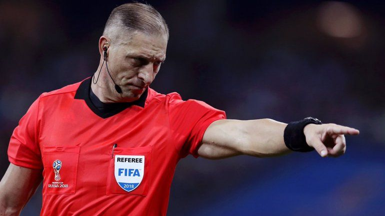 El argentino Néstor Pitana será el árbitro de la final entre Francia y Croacia