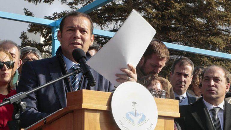 Gutiérrez quiere otra licitación pública para el financiamiento de Chihuido