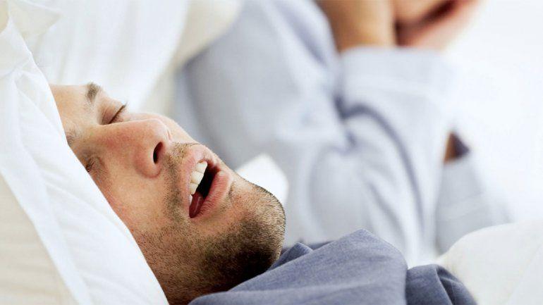 Inventan férula que elimina la apnea del sueño y los ronquidos