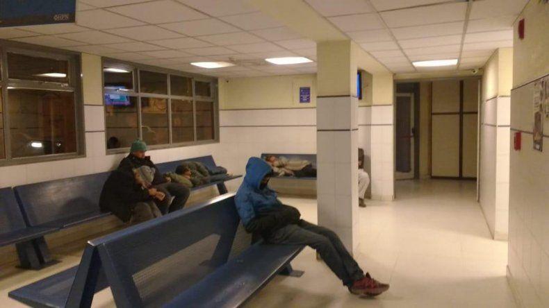 Denuncian la falta de policías en la guardia del hospital Castro Rendón