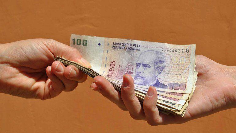 Los créditos se desploman por la inflación y las tasas