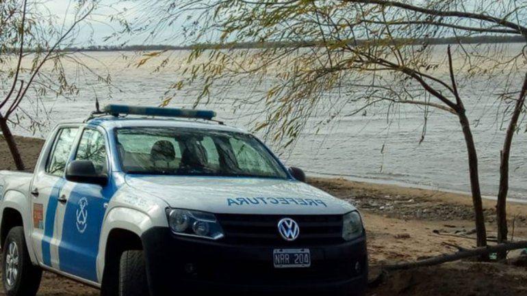 Un muerto y cuatro desaparecidos al naufragar un barco