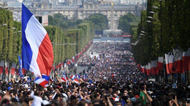 Los campeones del mundo llegaron a París