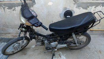 Robó un moto