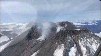 asi esta el volcan chillan: llevan tranquilidad al norte