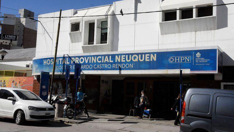 Sobrecargados por falta de personal, está de paro enfermería del Castro Rendón