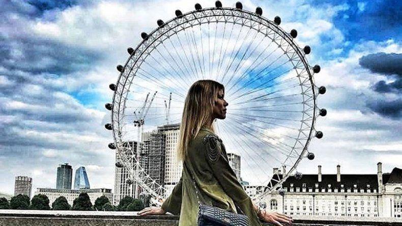 Nicole Neumann viajó a Londres junto a su novio