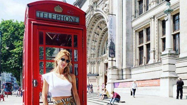 Nicole compartió postales de su viaje en las redes.